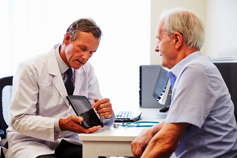 Dr_Patient Consult_ThinkstockPhotos-489554476_resized
